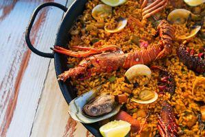 Meeresfruechte-Paella
