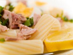 Pasta mit Tunfisch und Kapern