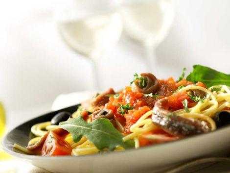 spaghetti-in-salsa-eoliana