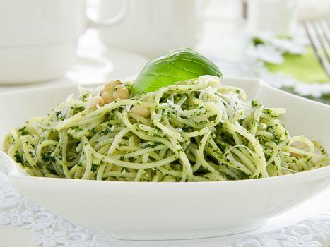 spaghetti-mit-pesto