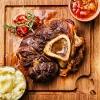 Osso-buco-dazu-Kraeuter-Kartoffelpueree-mit-Parmesan2