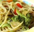 spaghetti-mit-broccolie