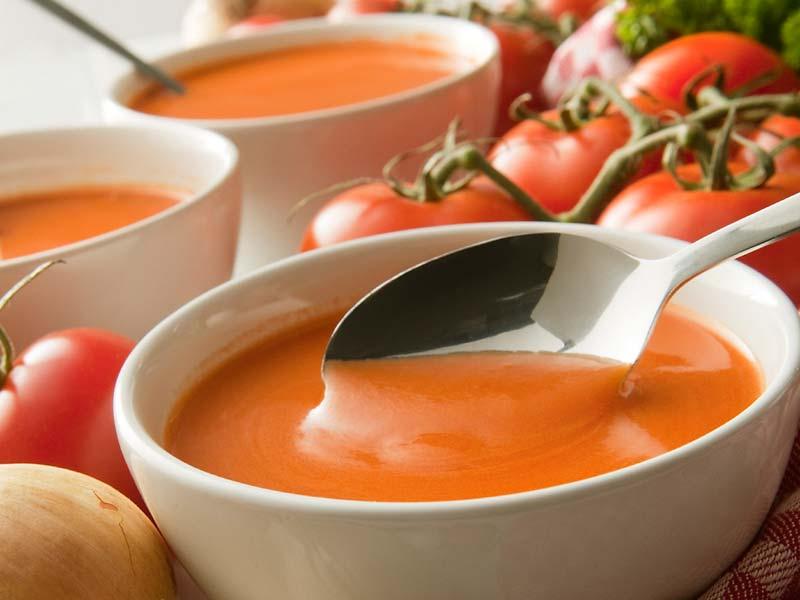 tomaten mozarella suppe der kochguide. Black Bedroom Furniture Sets. Home Design Ideas