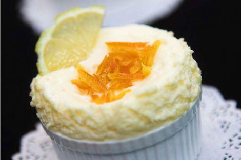 Zitronenmousse eine Portion süß verpackte Gesundheit
