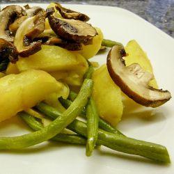 Ofenkartoffeln mit Bohnen und Champignons