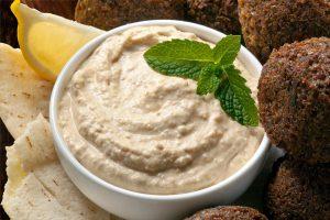 Falafel-mit-Hummus1